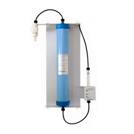 DESMINERALIZADOR DE AGUA Para 50 lt/h de baja conductividad. uso gral. En labs.